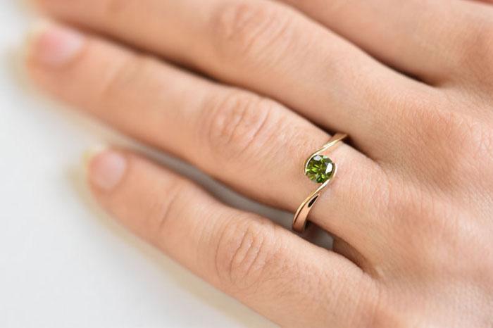 8fdbf4cd6 Čo musíte vedieť pri výbere zásnubného prsteňa | Eppi.sk